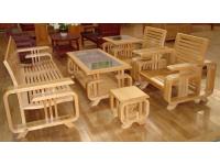 Chia sẻ cách lựa chọn bàn ghế gỗ thông minh cho phòng khách