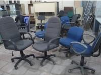 Kinh nghiệm săn mua bàn ghế văn phòng thanh lý