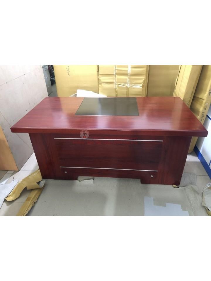 Bàn giám đốc 1m6 có hộc tủ thanh lý giá rẻ