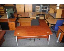Dịch vụ thanh lý bàn ghế văn phòng cũ tại quận 2