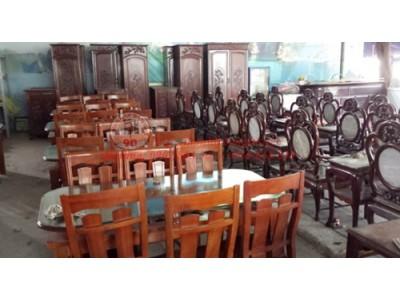 Cách mua bộ bàn ghế nhà ăn cũ giá rẻ và chất lượng cho gia đình