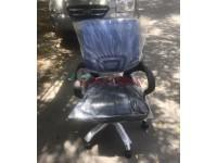 Ghế văn phòng chân xoay thanh lý giá rẻ dành cho nhân viên