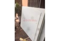 Thanh lý bảng kính màu trắng cũ giá rẻ tại TpHCM