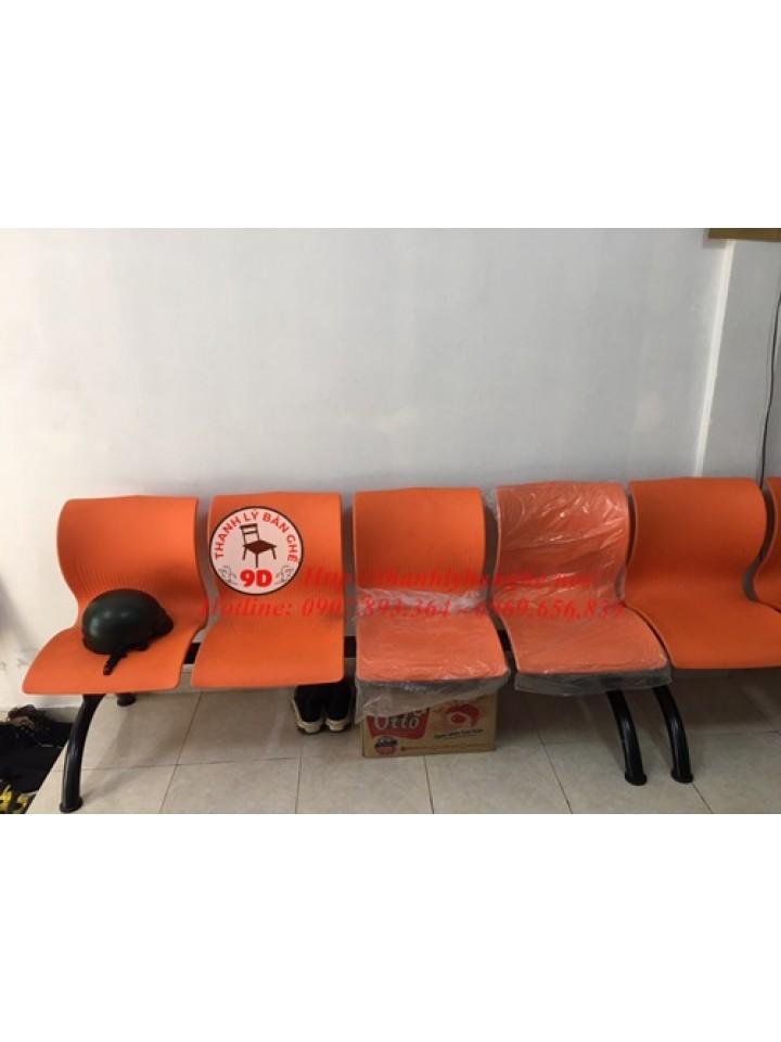 Thanh lý ghế băng chờ 4 người cũ giá rẻ tại TpHCM