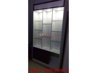 Sự khác biệt giữa tủ kiếng trưng bày và tủ nhôm kính trưng bày