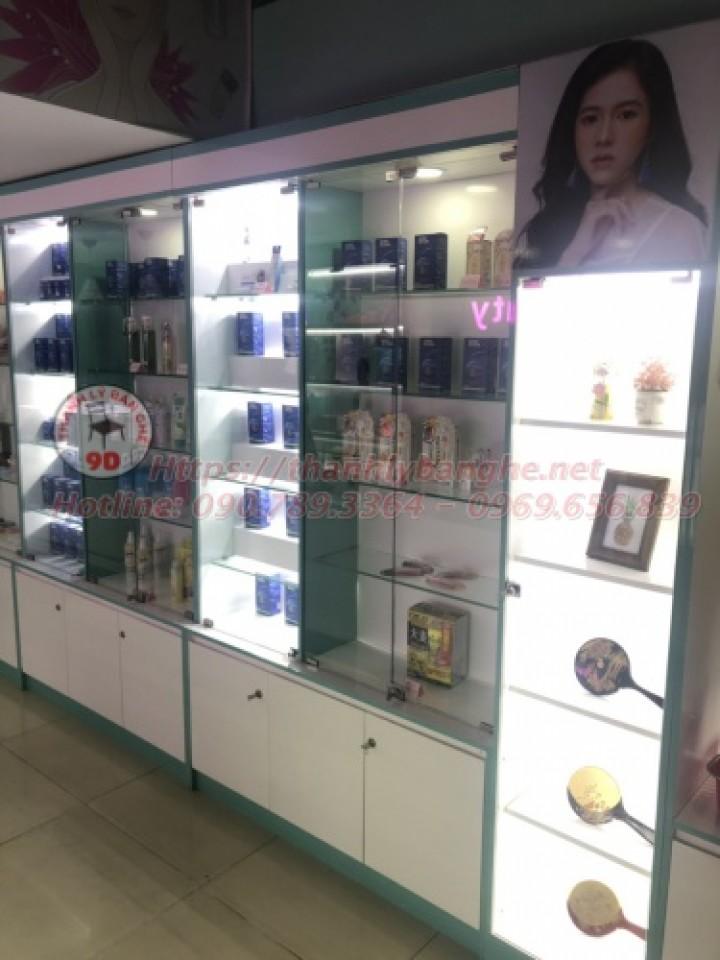 Tủ trưng bày mỹ phẩm giá rẻ MS821