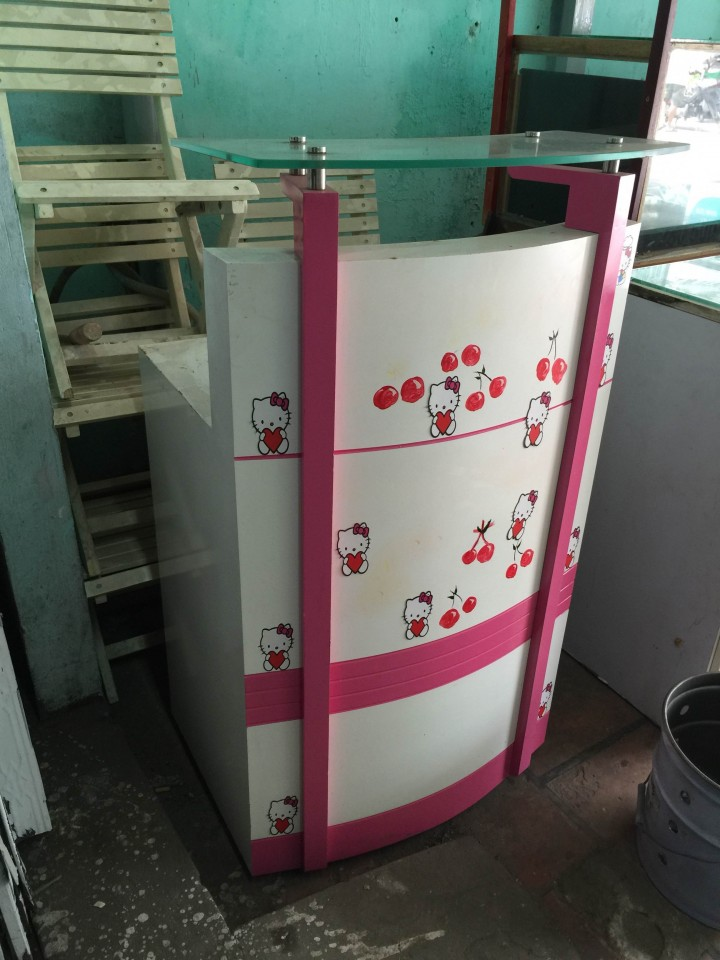 quầy hello kitty