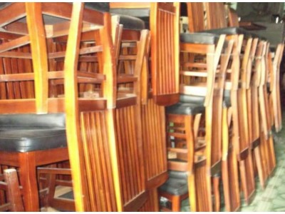 Lợi ích khi bạn lựa chọn cửa hàng thanh lý bàn ghế