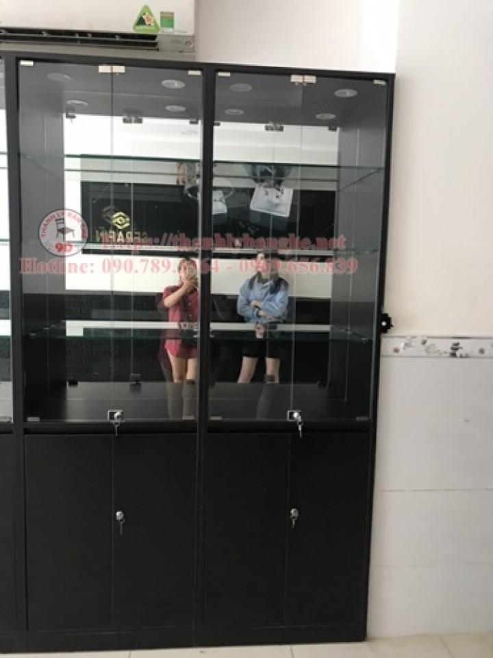 Thanh lý tủ kệ trưng bày giá rẻ tại TpHCM