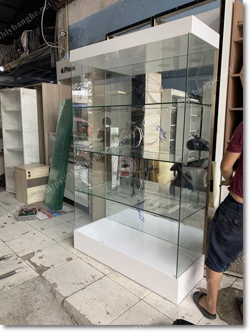 Tủ kính trưng bày mô hình 1m2 x 2m