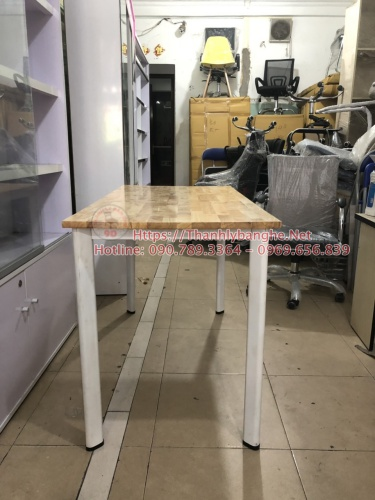 Thanh lý bàn làm việc mặt gỗ ghép chân oval cũ MS865