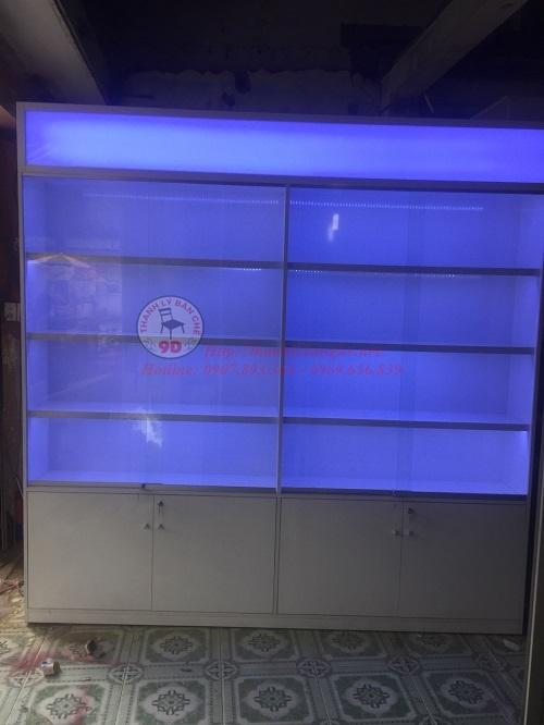 Thanh lý tủ kính trưng bày 2m4