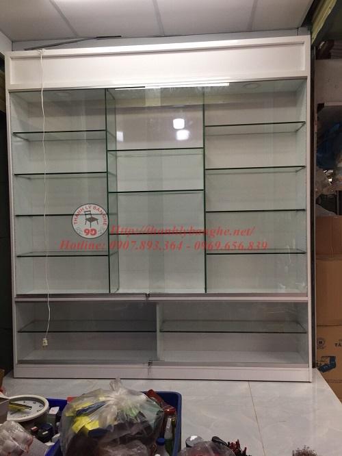 Tủ kính trưng bày cũ thanh lý giá rẻ