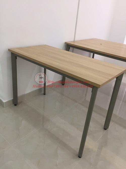 Cách chọn bàn ghế văn phòng chân sắt hợp phong thuỷ
