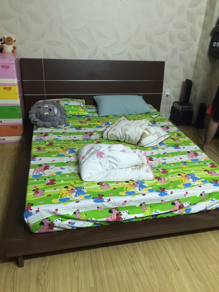 thanh lý giường Nhật 1m8