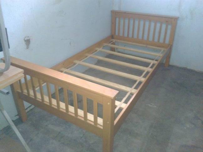 bán giường gỗ cũ