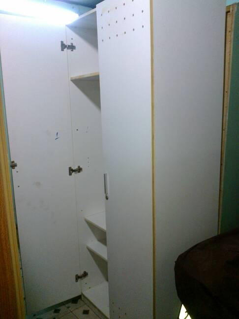 tủ áo cũ