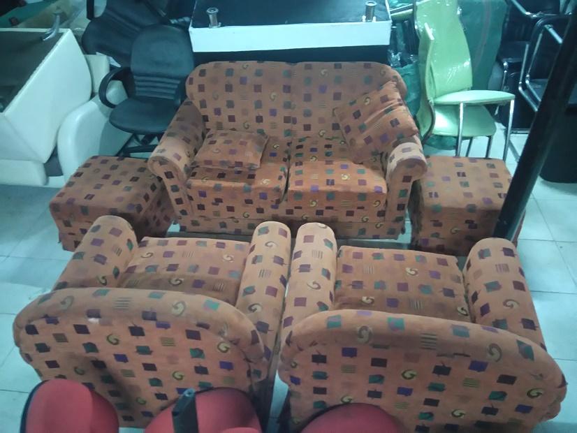 thanh lý bộ sofa bọc vải cũ