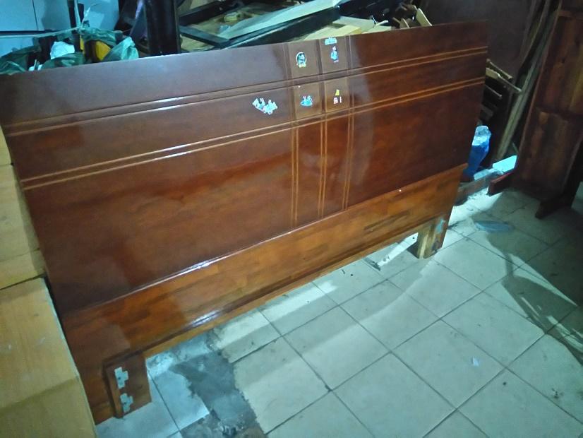thanh lý giường gỗ 1m6 cũ