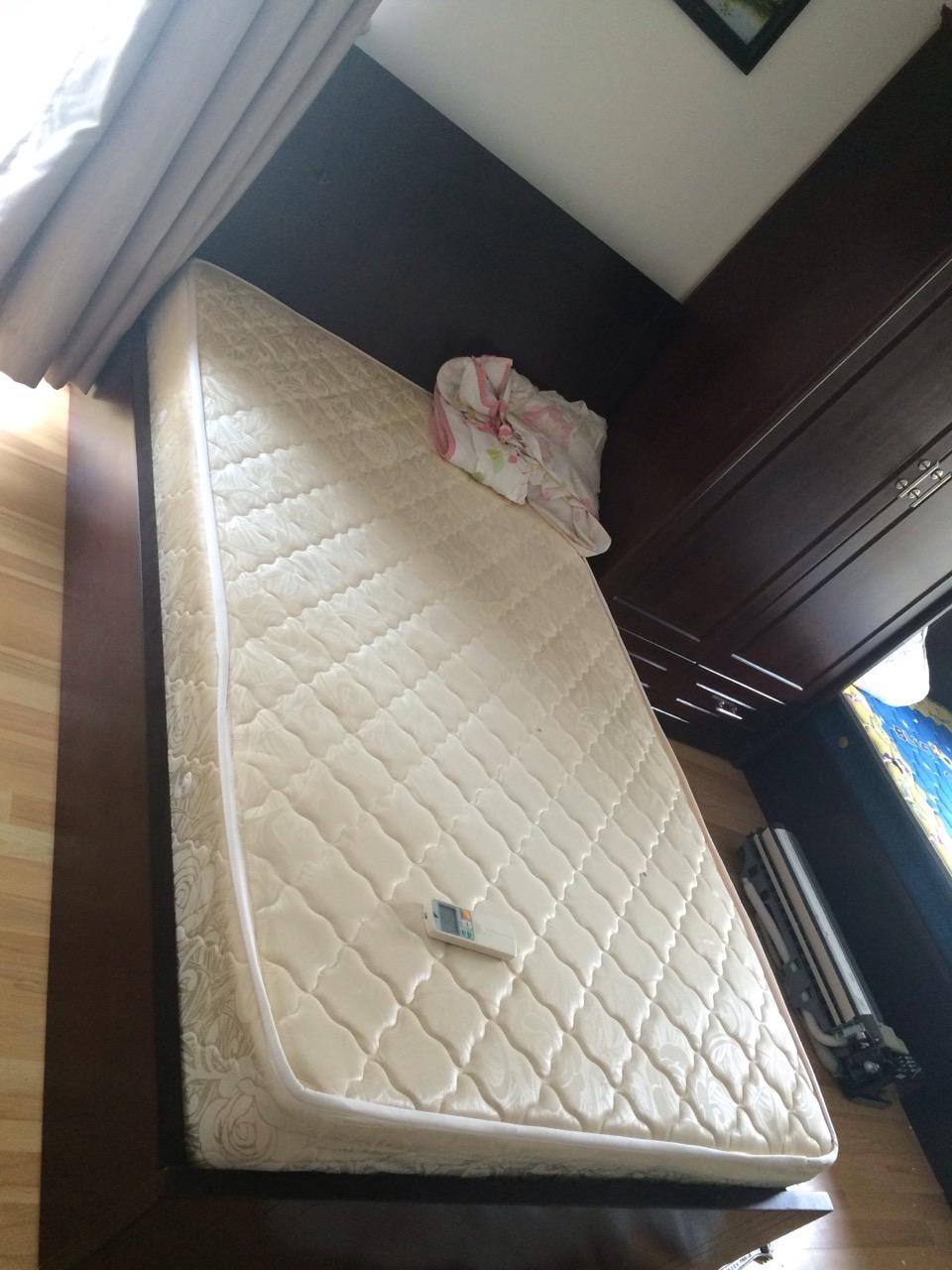 bán giường 1m2 cũ