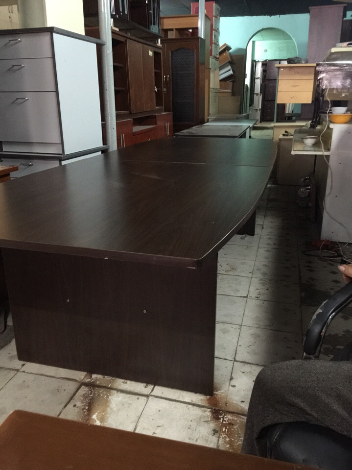 thanh lý bàn họp cũ