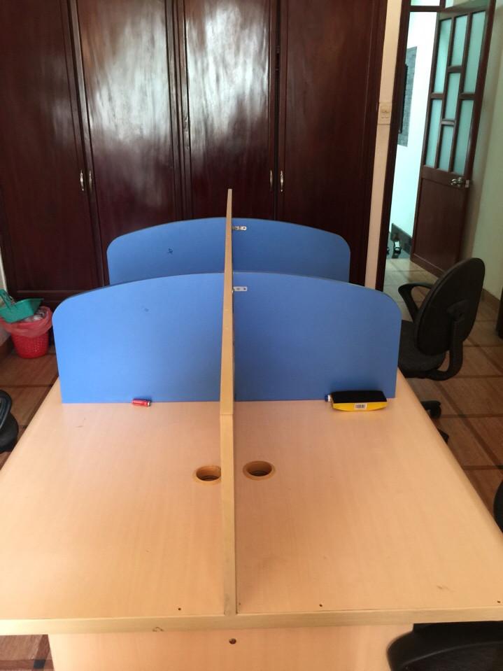 thanh lý cụm bàn làm việc cũ