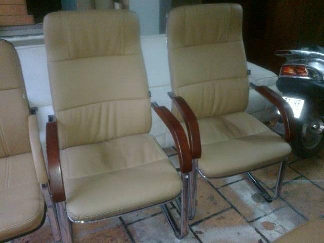 ghế quỳ inox tay gỗ cũ