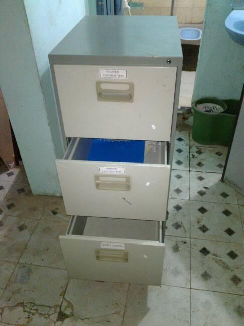 tủ file 3 ngăn cũ