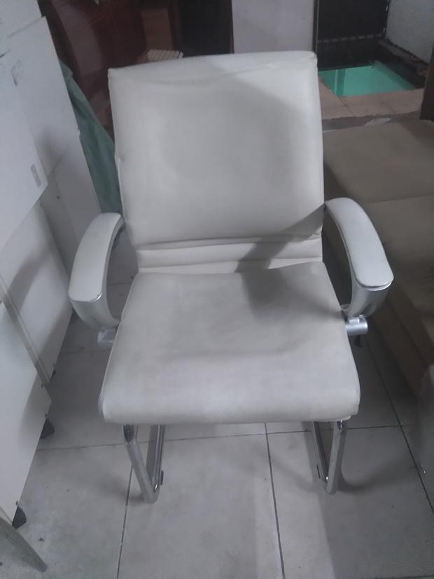 ghế quỳ inox cũ