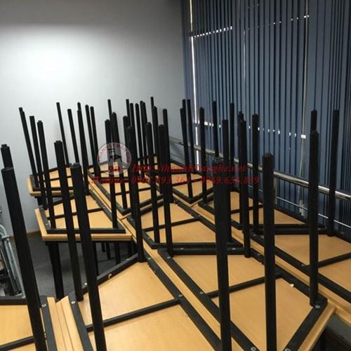 Cửa hàng thanh lý bàn học mới 85% giá rẻ tại TPHCM