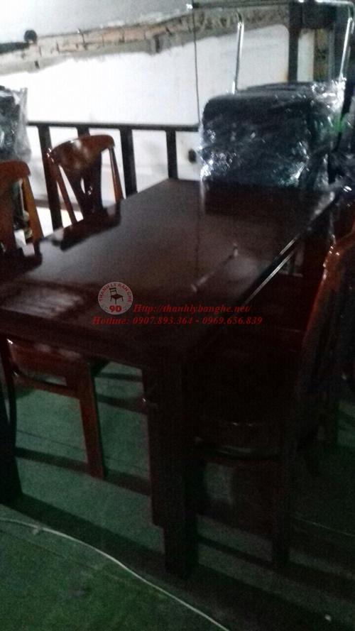 Thanh lý bộ bàn ăn cũ 4 ghế bằng gỗ tự nhiên