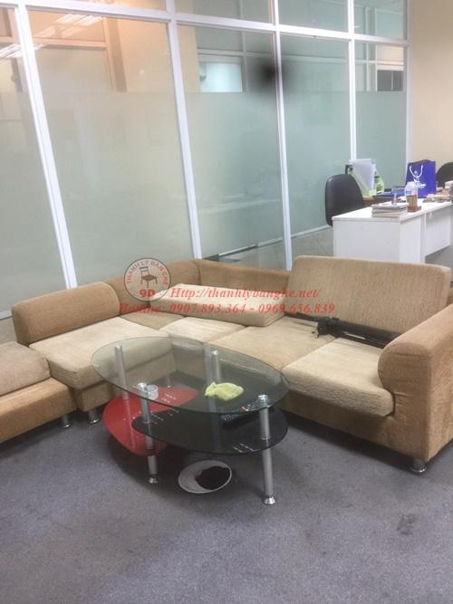 Sofa vải văn phòng cũ thanh lý có bàn kèm theo còn mới 95%