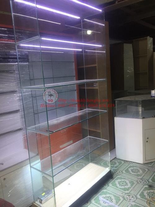 Tủ kính trưng bày 4 tầng