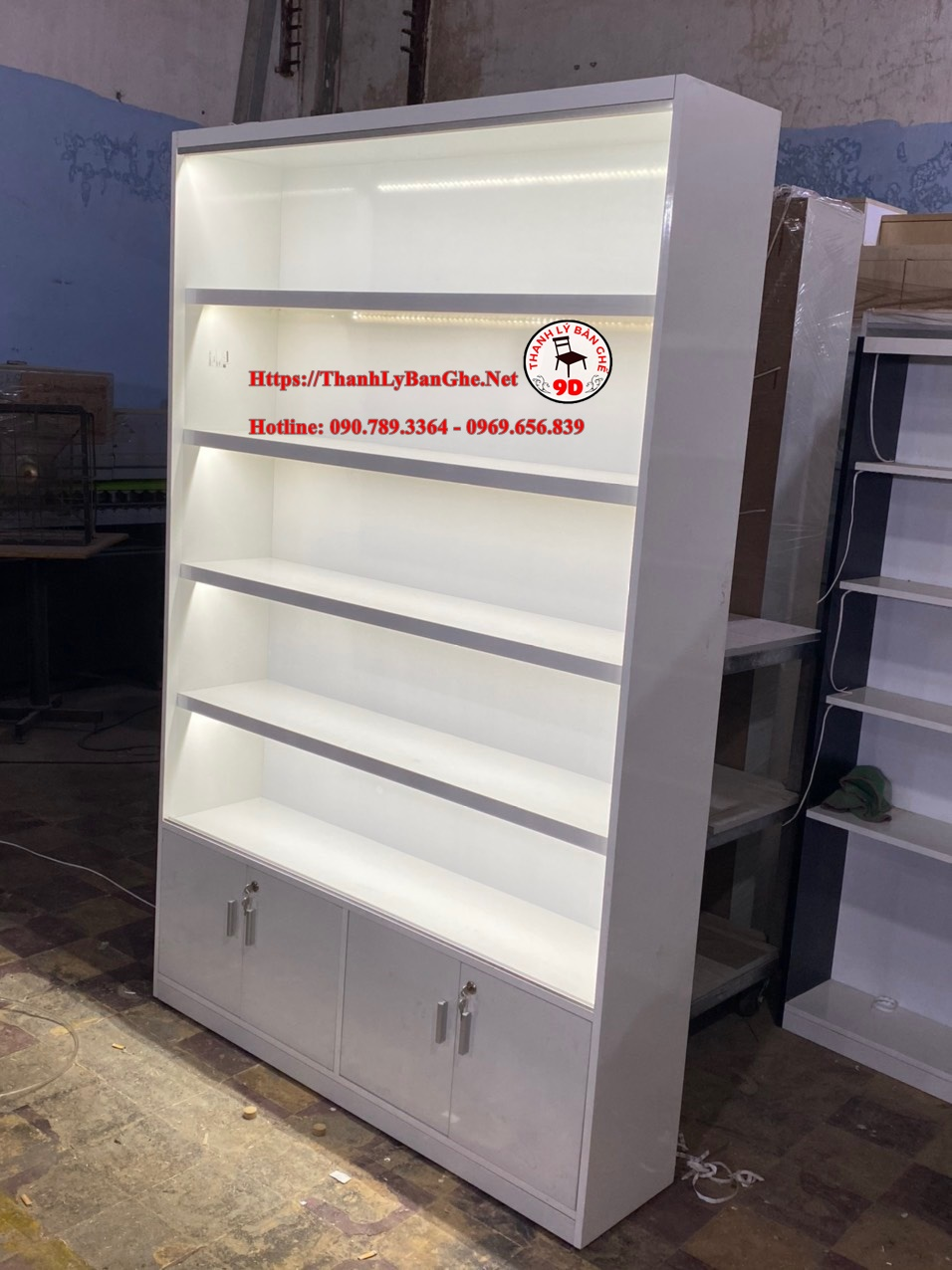 Thanh lý tủ kính trưng bày 1m2 giá rẻ tại HCM MS985