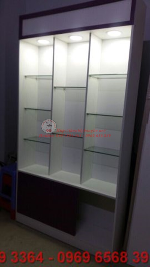 tủ kiếng trưng bày