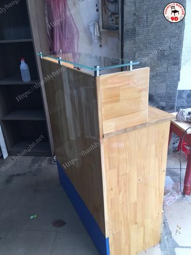 Thanh lý quầy lễ tân pha chế gỗ cao su giá rẻ MS920